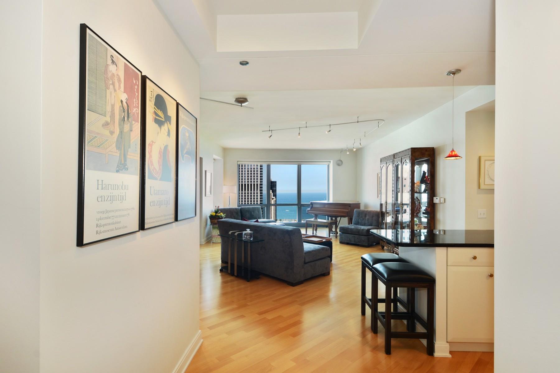 Kat Mülkiyeti için Satış at High-Floor East-Facing Home 130 N Garland Court Unit 4003 Loop, Chicago, Illinois, 60602 Amerika Birleşik Devletleri