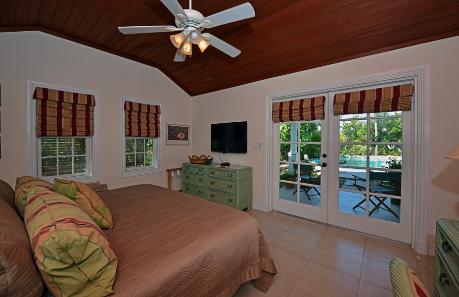 Additional photo for property listing at Islands at Old Fort Old Fort Bay, Nassau And Paradise Island Bahamas