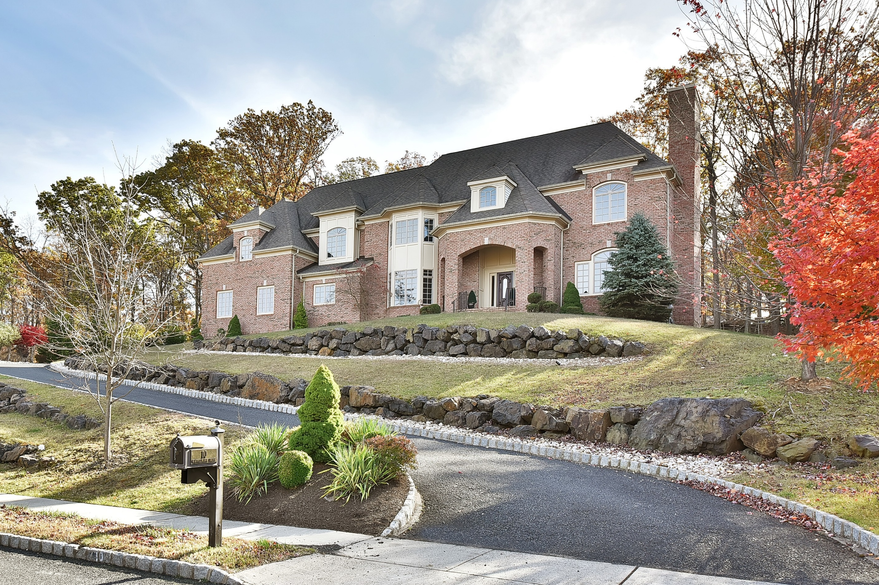 Property For Sale at Classic Estate Style Colonial