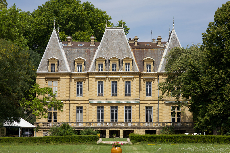 Property For Sale at Un château de famille