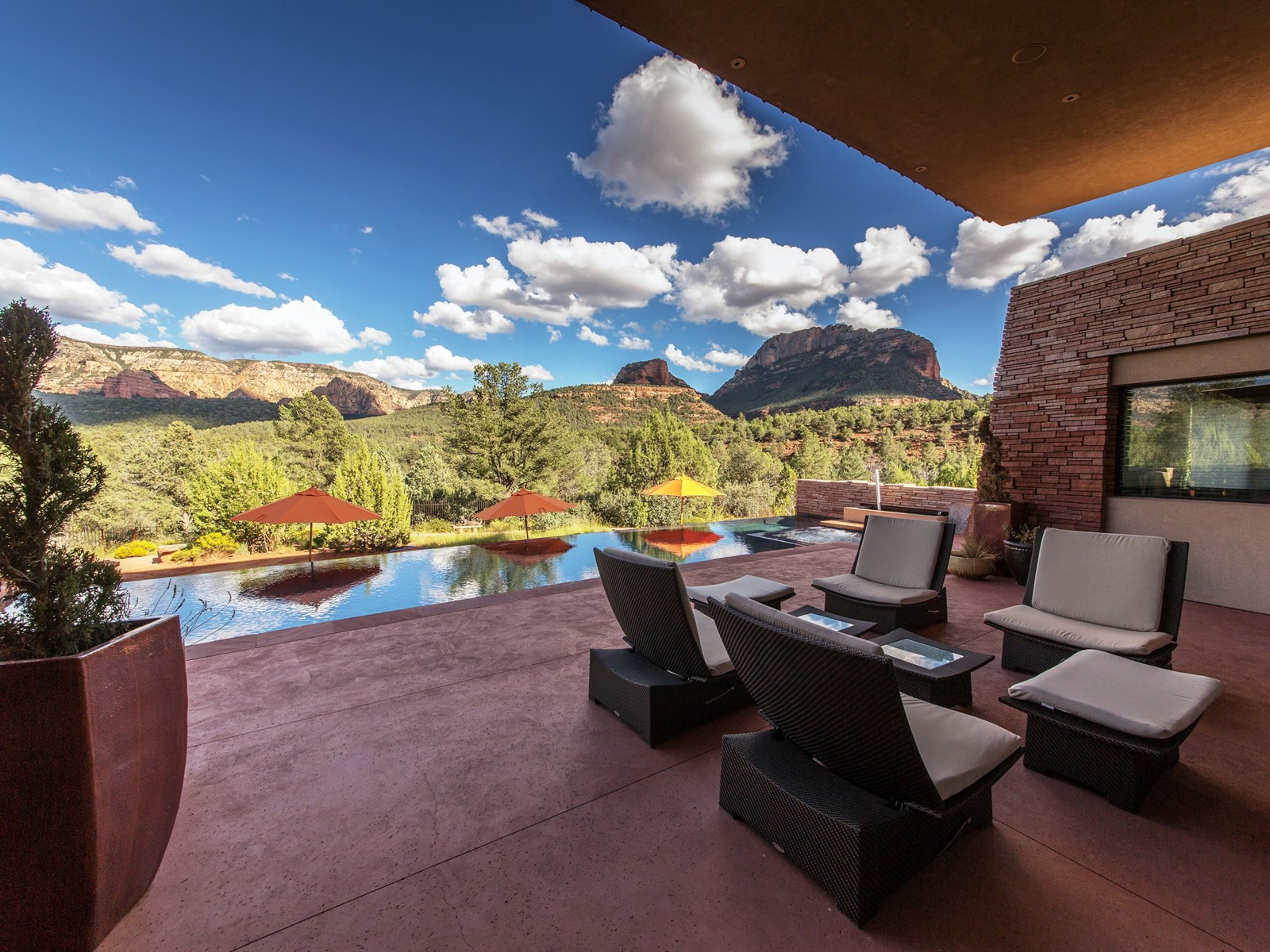 Casa para uma família para Venda às Incredible, Unique, and Dramatic Natural Beauty 105 Canyon Vista Rd Sedona, Arizona 86336 Estados Unidos