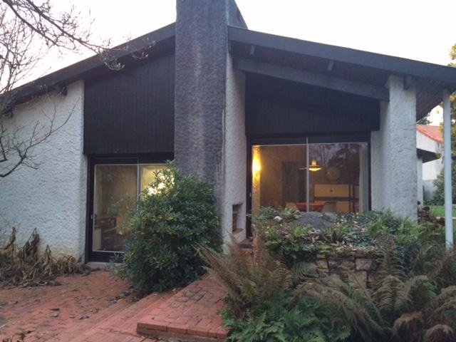 Single Family Home for Sale at AU MILIEU D'UN JOLI JARDIN ARBORE DE 6000 m² MAISON DE PLAIN PIED Other Pays De La Loire, Pays De La Loire 49450 France