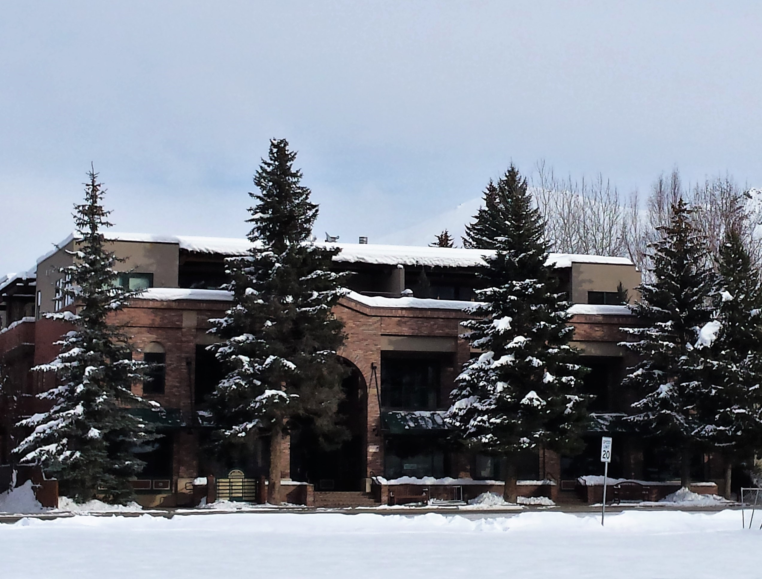 Additional photo for property listing at Elevating Expectations 120 N. 2nd Ave 301 Ketchum, Idaho 83340 United States