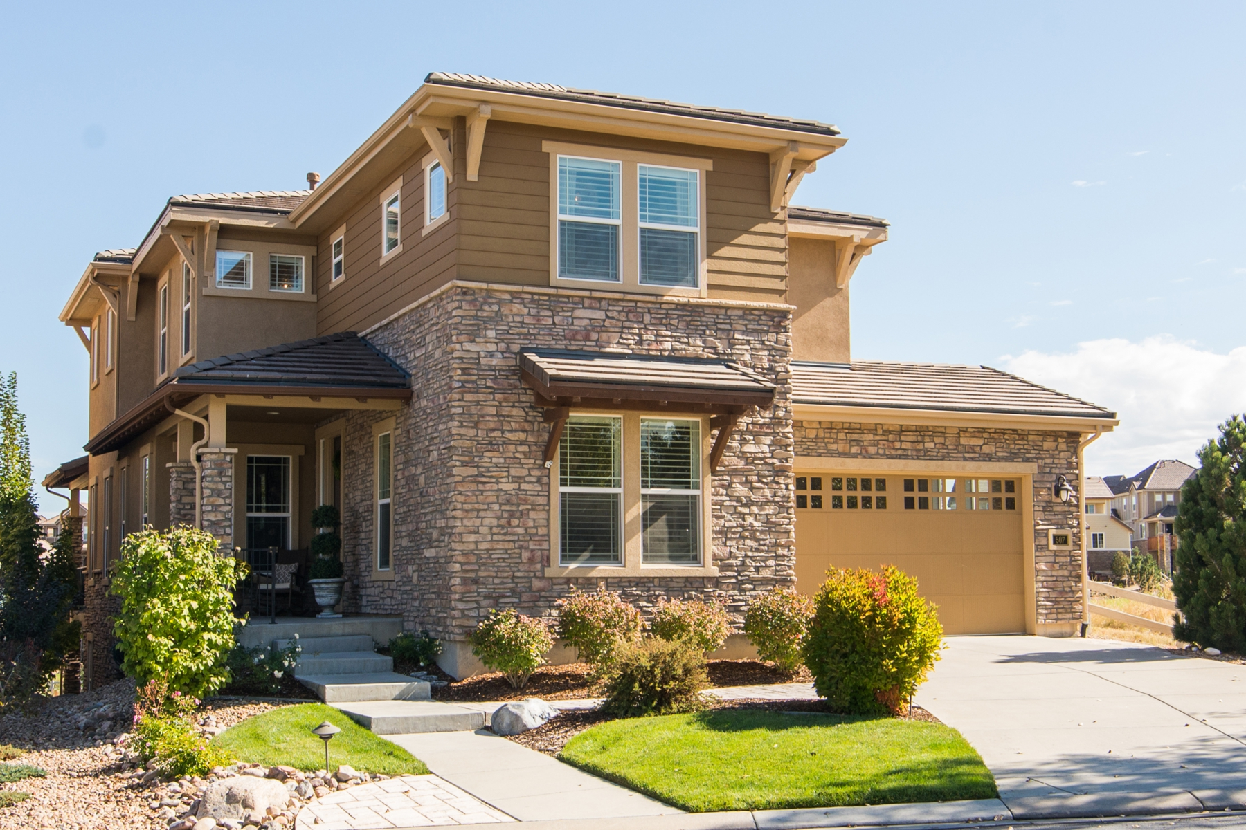 Single Family Home for Sale at Welcome Home! 507 Maplehurst Dr Highlands Ranch, Colorado 80126 United States