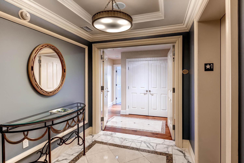 Piso por un Venta en The Ritz-Carlton Residences 801 Key Highway #152 Baltimore, Maryland 21230 Estados Unidos