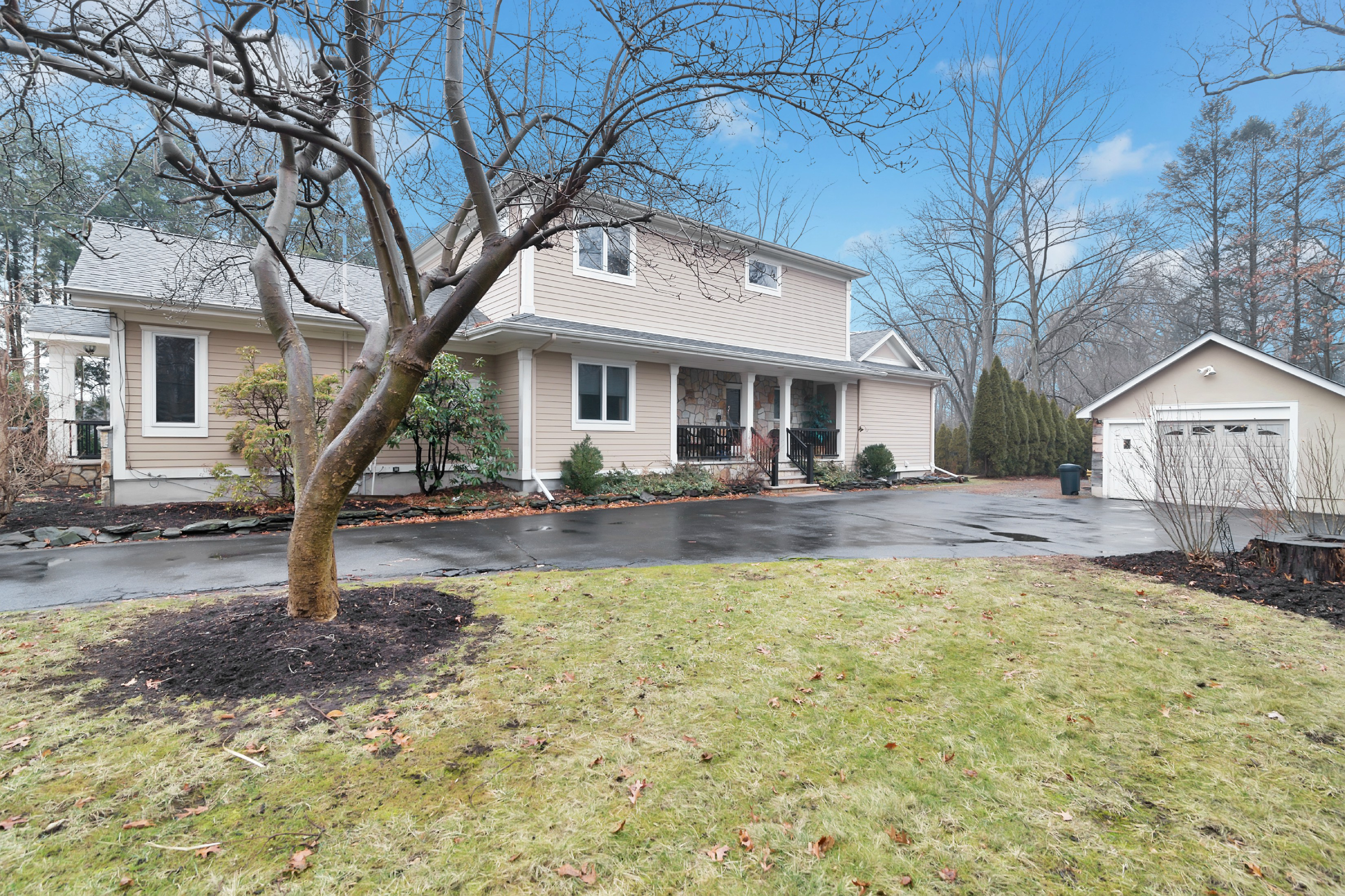 Single Family Home for Sale at Pride of Ownership 27 Lincoln Ave Woodcliff Lake, 07677 United States