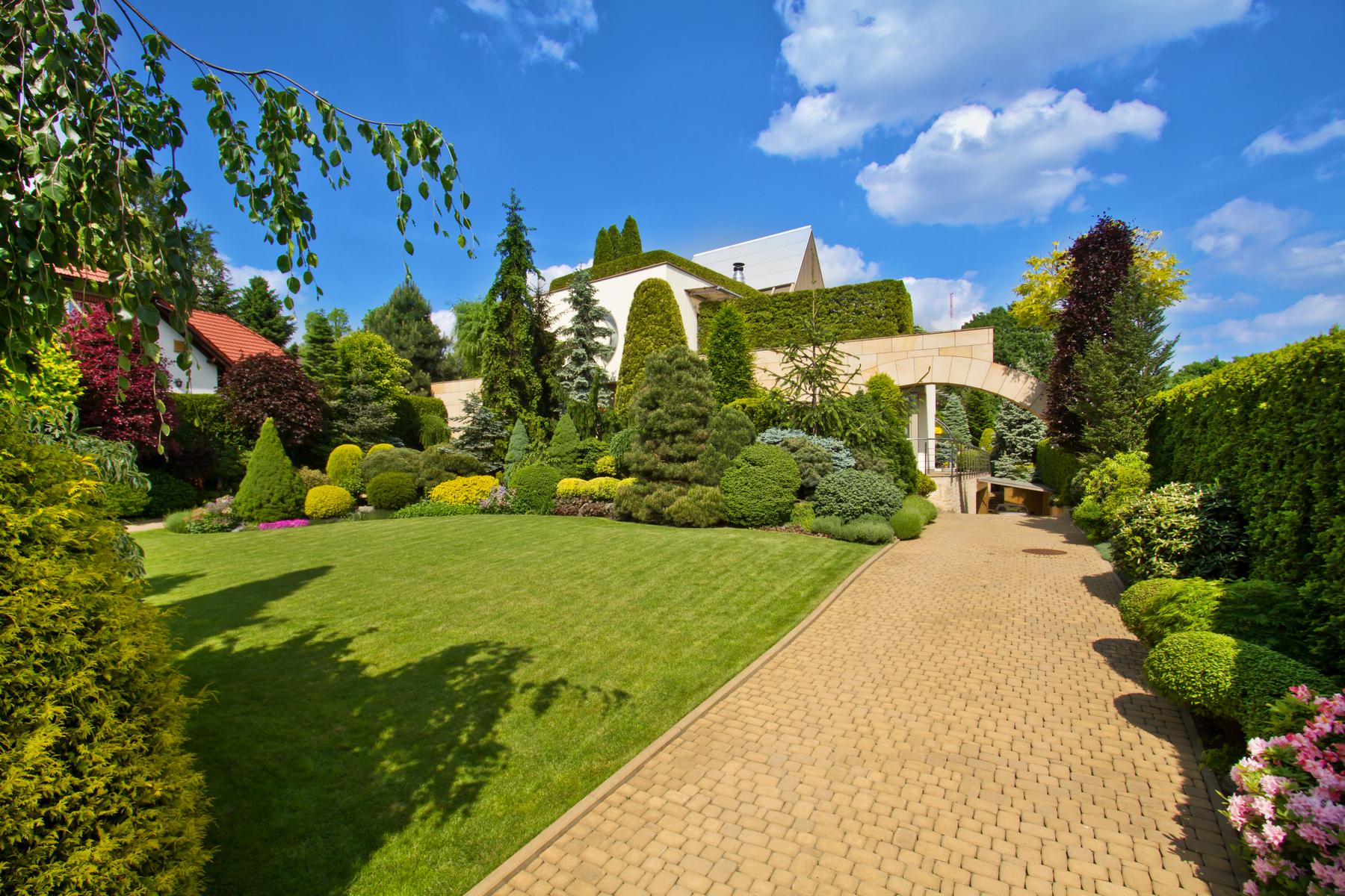 Single Family Home for Sale at Kraków Zwierzyniec - Wodociągowa Cracow, Malopolska, Poland