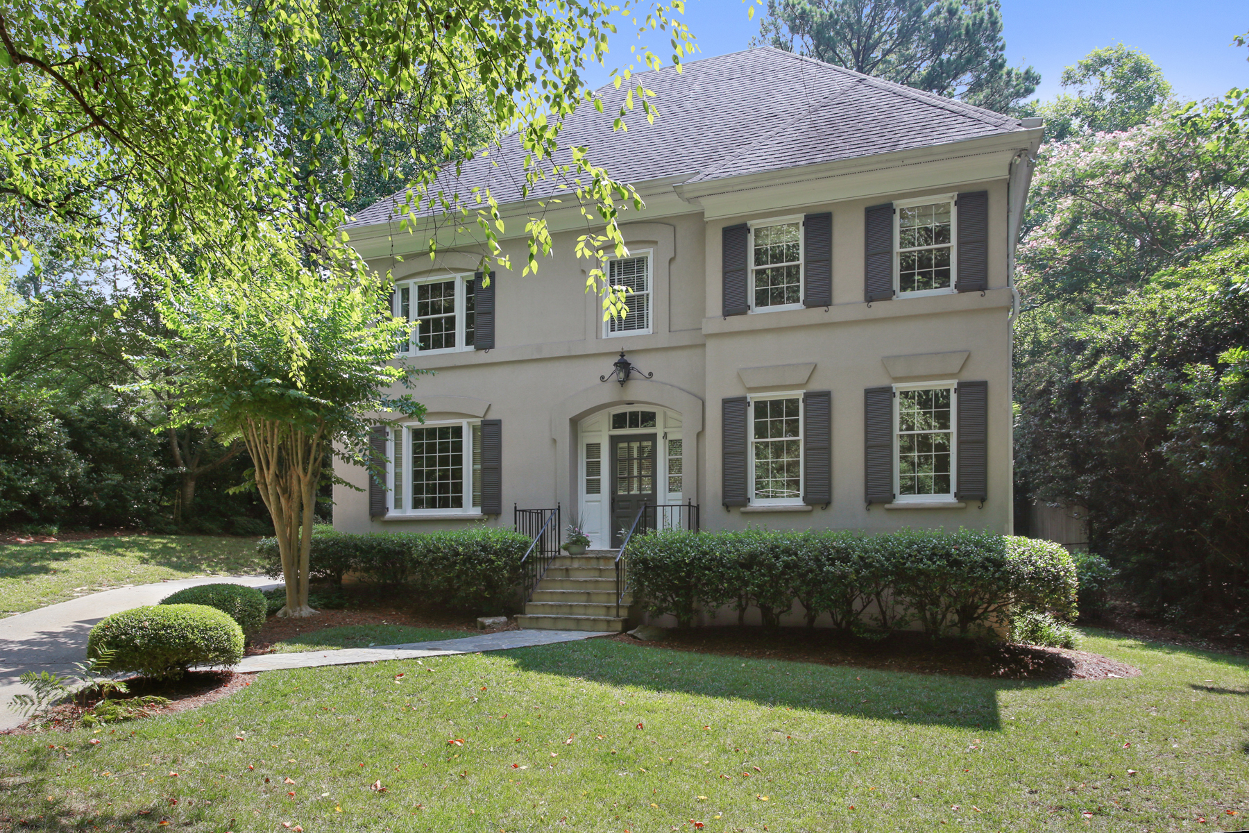 Single Family Home for Sale at Beautiful Home In Desirable Hanover West 2405 Hyde Manor Drive NW Hanover West, Atlanta, Georgia, 30327 United States