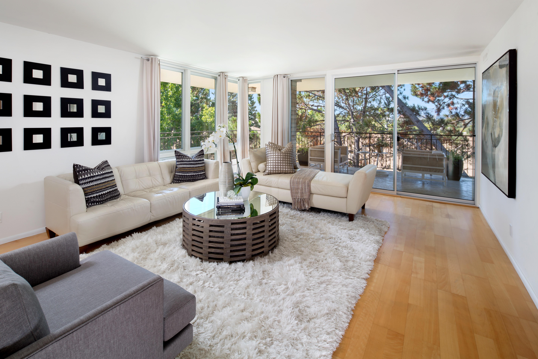 共管式独立产权公寓 为 销售 在 360 Everett Ave #5B 帕洛阿尔托, 加利福尼亚州, 94301 美国