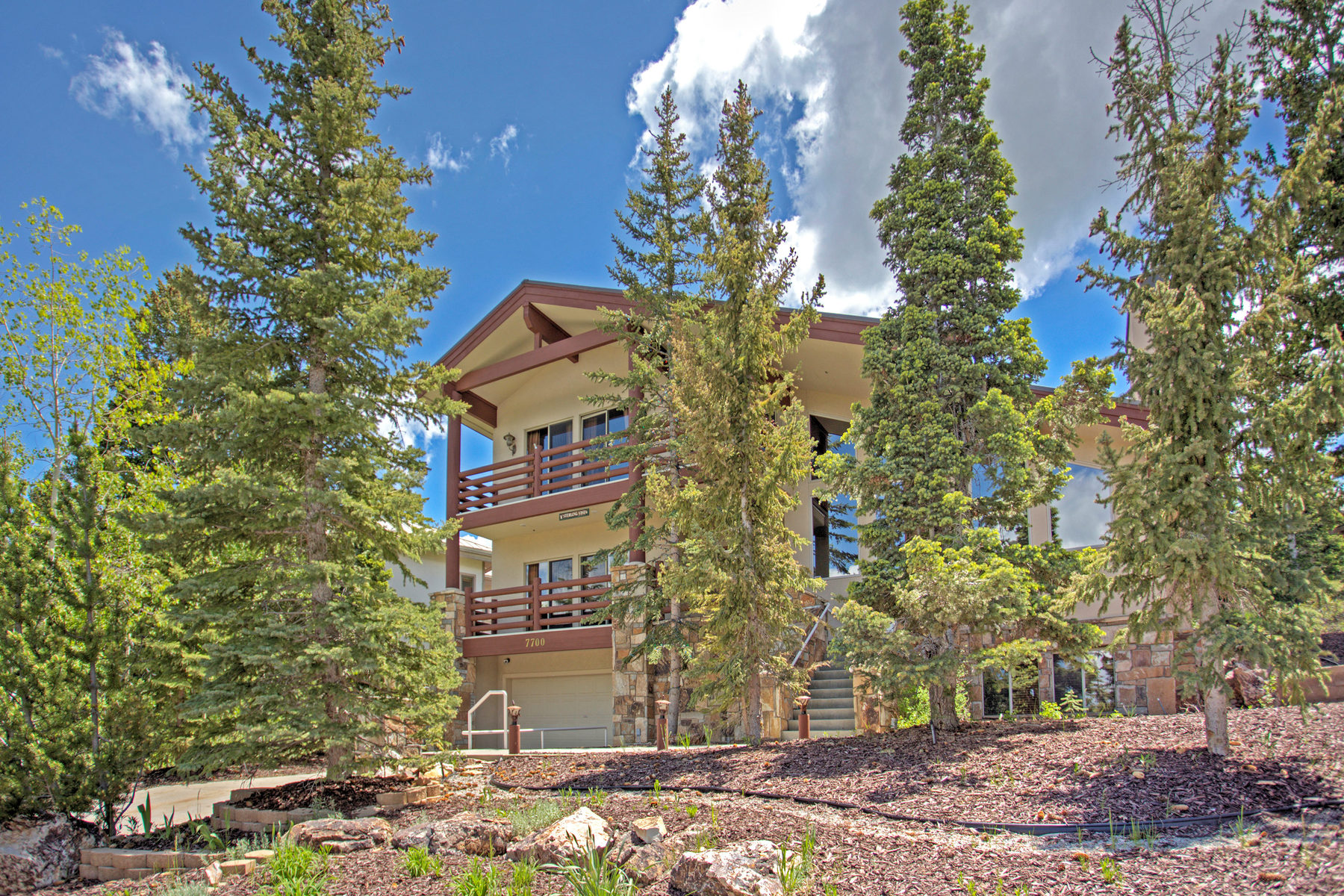 Single Family Home for Sale at Easy Deer Valley Ski Access with Excellent Views 7700 Sterling Dr Park City, Utah 84060 United States