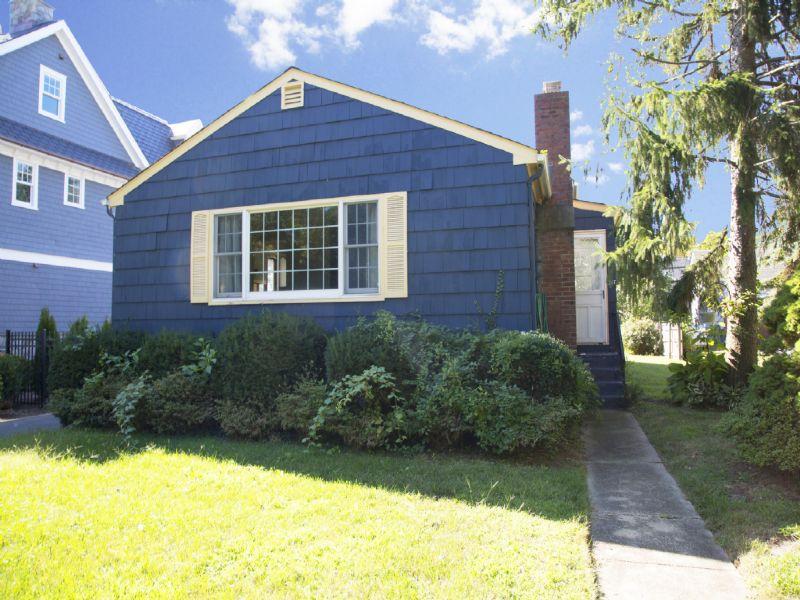 Casa para uma família para Venda às 217 Ludlow Avenue Spring Lake, Nova Jersey 07762 Estados Unidos