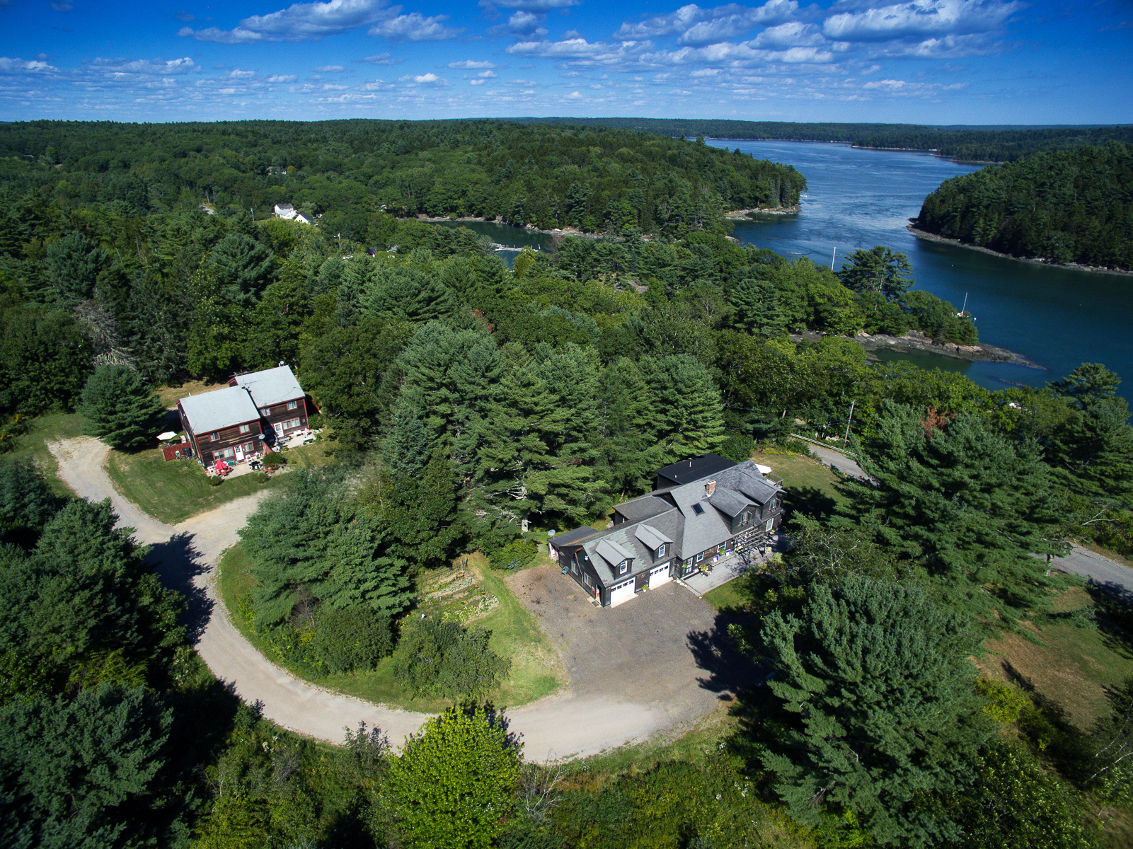 Casa Unifamiliar por un Venta en 5 & 17 Ice Pond Road Boothbay, Maine, 04537 Estados Unidos