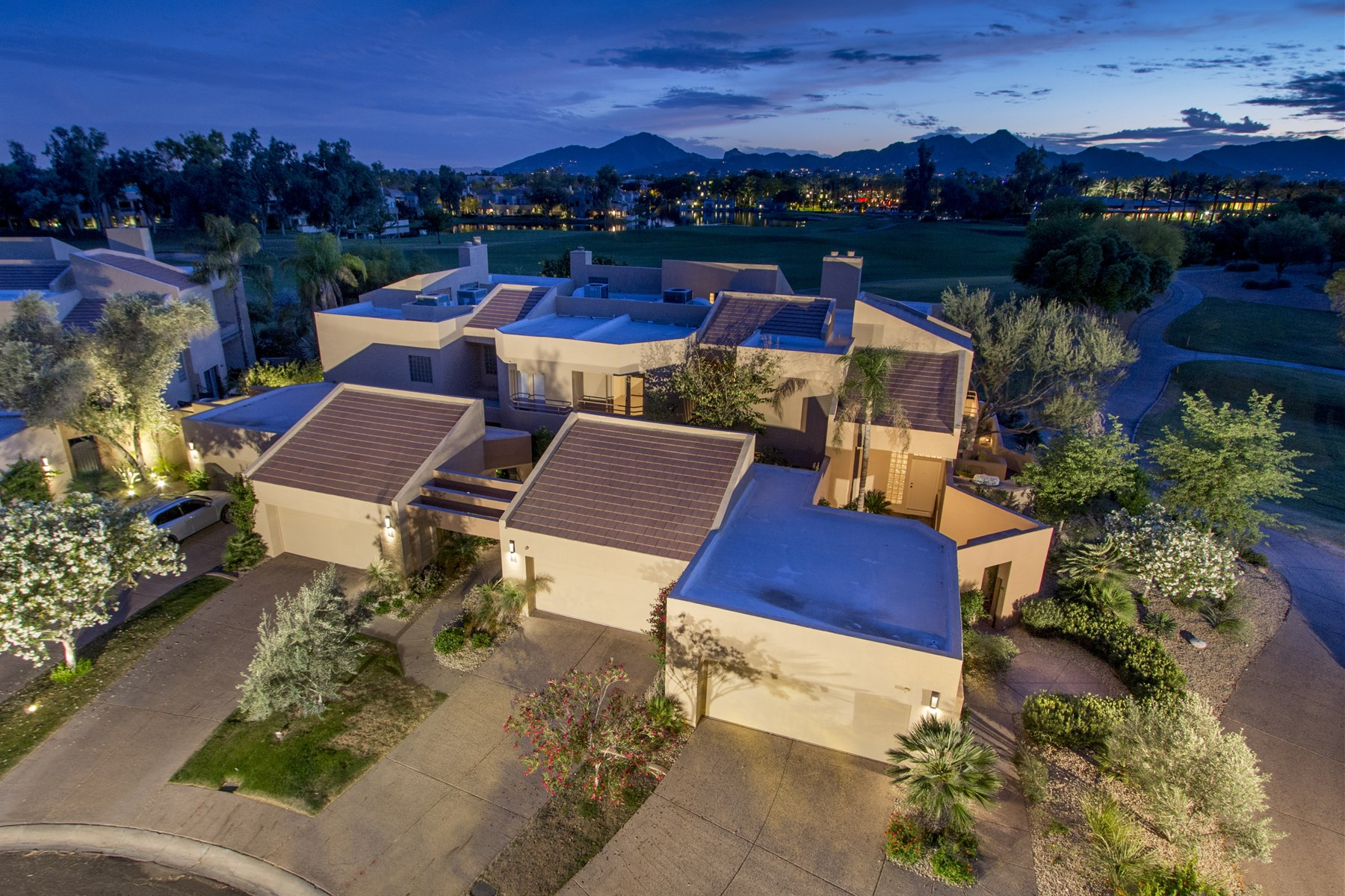 Condominium for Sale at Luxury Condo with a Great Floorplan & The Best Views in Gainey Ranch 7760 E Gainey Ranch Rd #1 Scottsdale, Arizona, 85258 United States