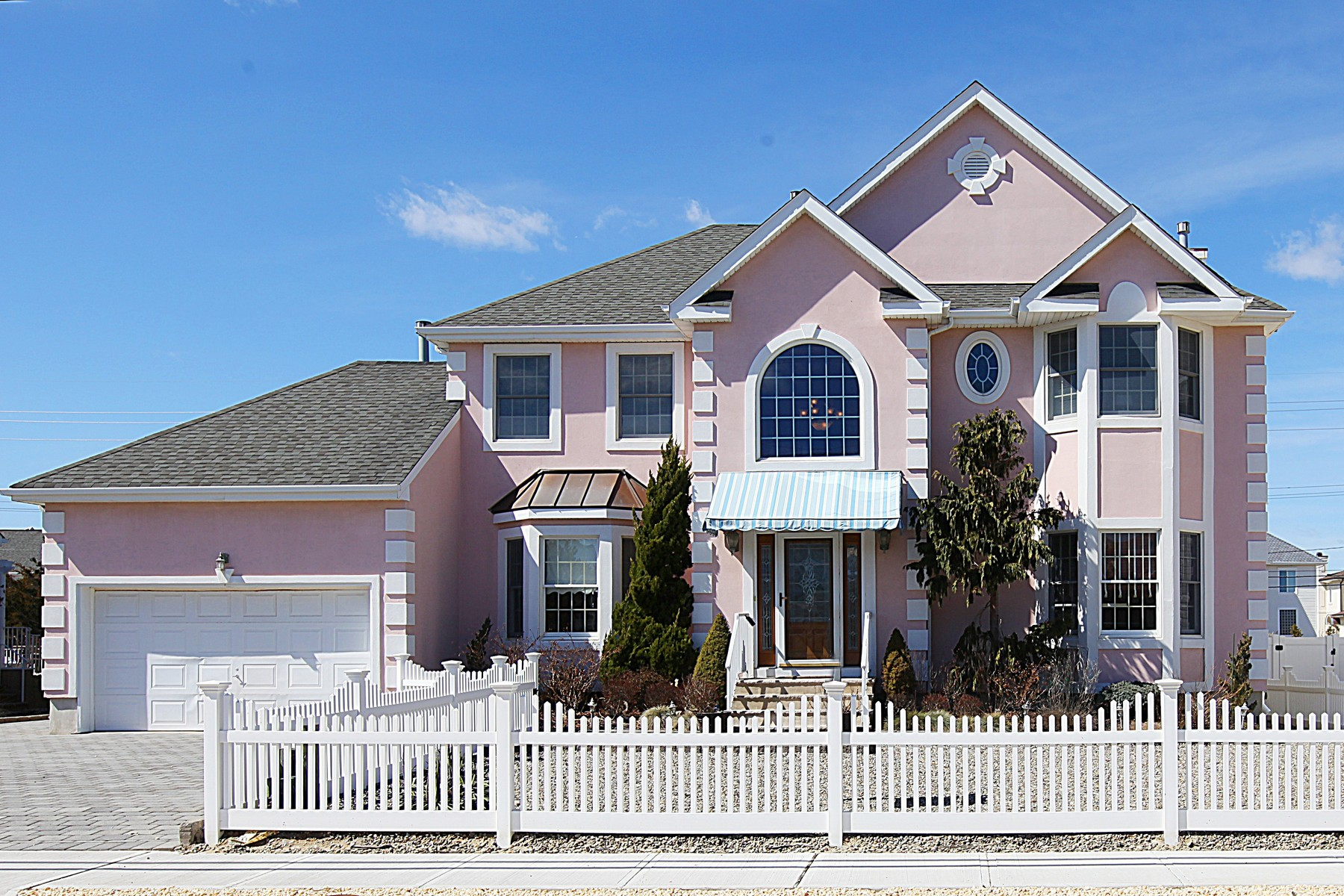 Maison unifamiliale pour l Vente à Jewel By The Sea 179 North Highway 35 Mantoloking, New Jersey, 08738 États-Unis