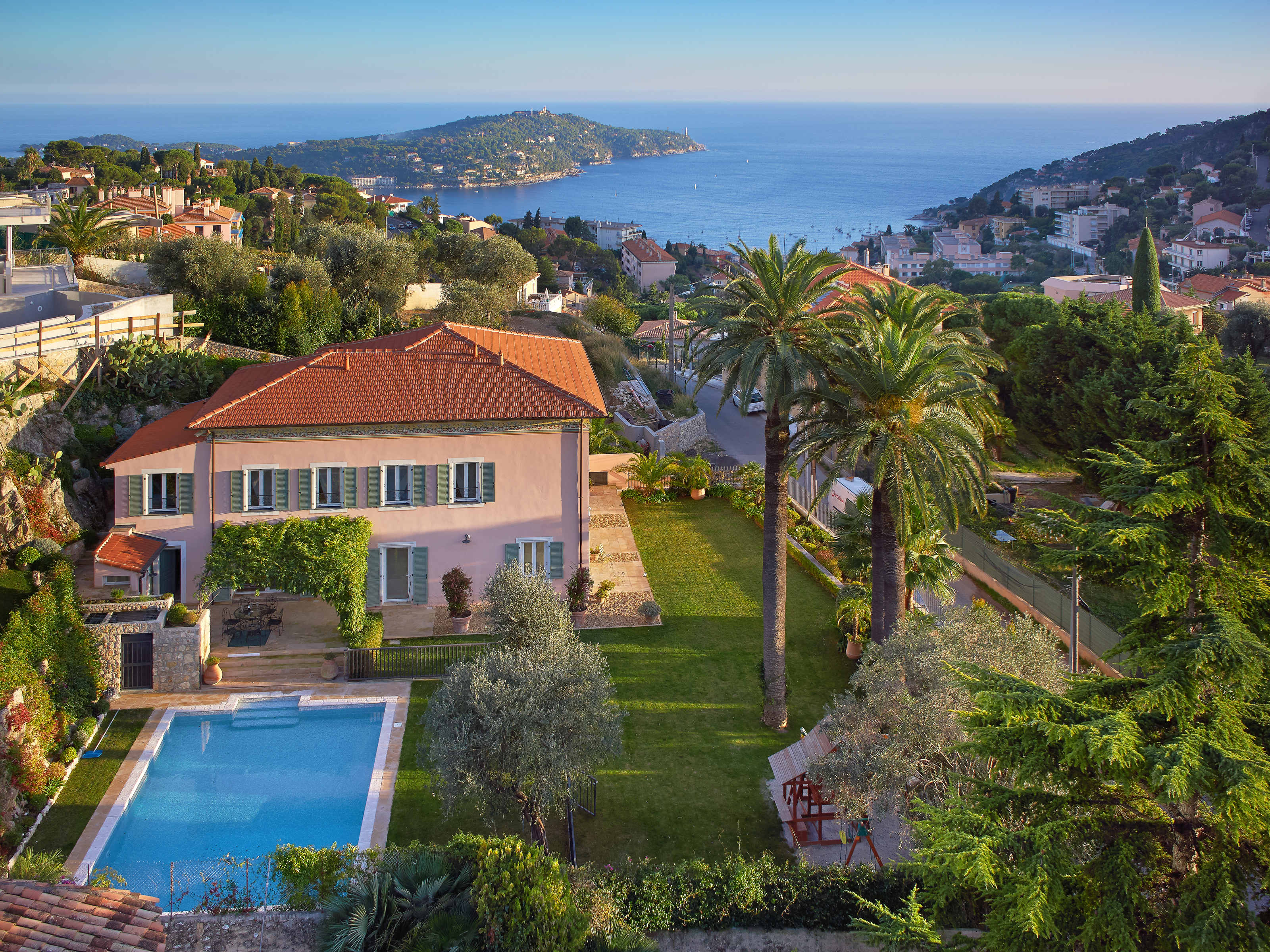 Other Residential for Sale at Beautiful renovated villa 300sqm with landscape garden and sea views Nice, Provence-Alpes-Cote D'Azur 06300 France