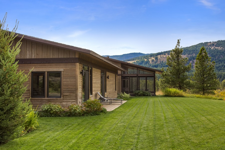 Additional photo for property listing at Big Valley Ranch  Winthrop, Washington 98862 United States