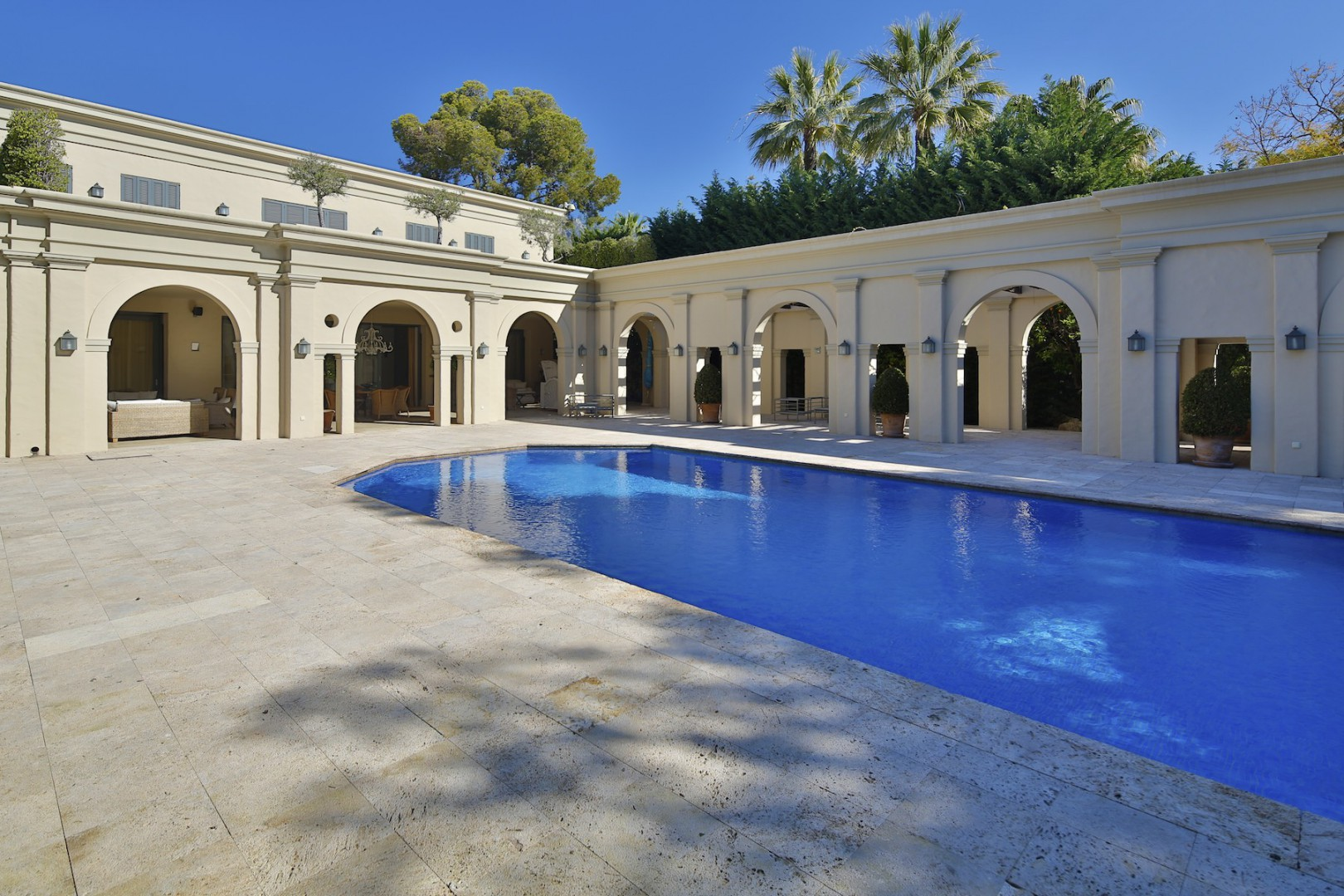 Property For Sale at Villa with enviable location next to the 5* Puente Romano Hotel in the heart of