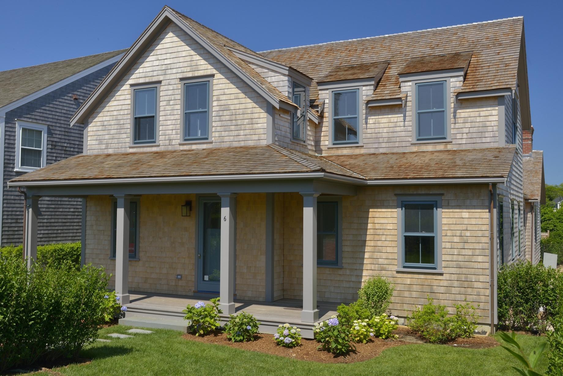 Частный односемейный дом для того Продажа на Stunning New Construction 6 Winn Street Nantucket, Массачусетс 02554 Соединенные Штаты
