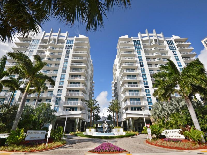 Piso por un Venta en Sapphire 2831 N Ocean Blvd.#205N Fort Lauderdale, Florida 33308 Estados Unidos