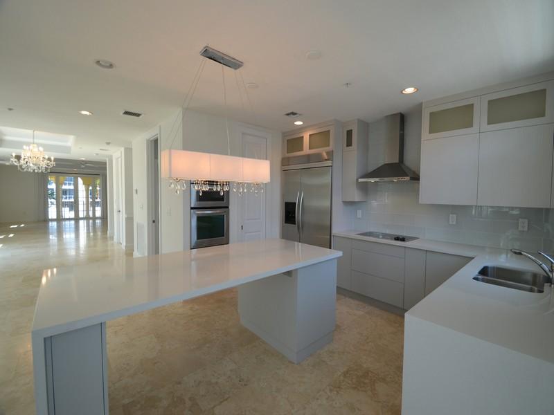 Casa para uma família para Venda às 55 Isle of Venice Dr. Fort Lauderdale, Florida 33301 Estados Unidos