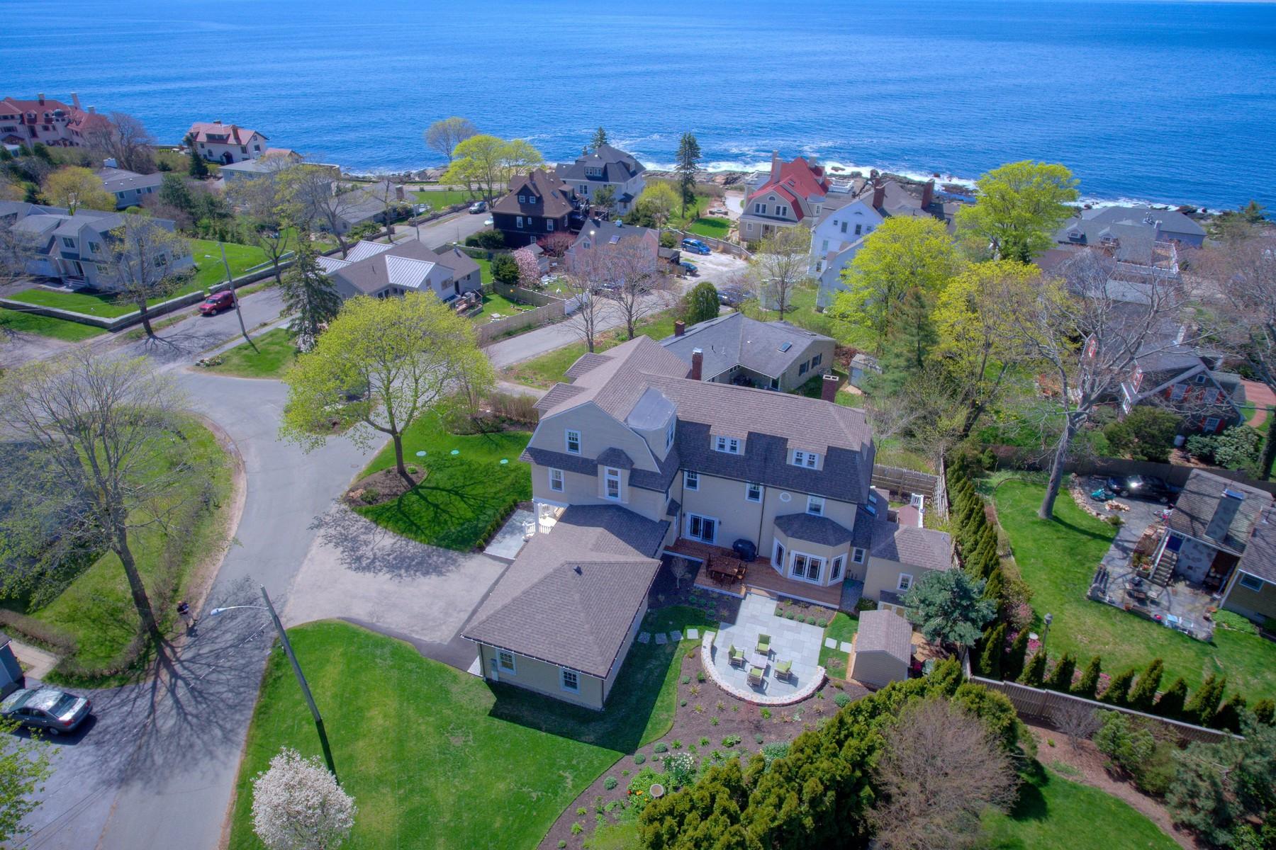 Villa per Vendita alle ore Sea Reaches 13 Oakes Avenue Gloucester, Massachusetts, 01930 Stati Uniti