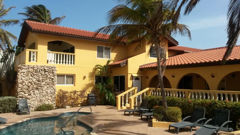 Nhà ở một gia đình vì Bán tại Arashi Beach Villa Malmok, Aruba