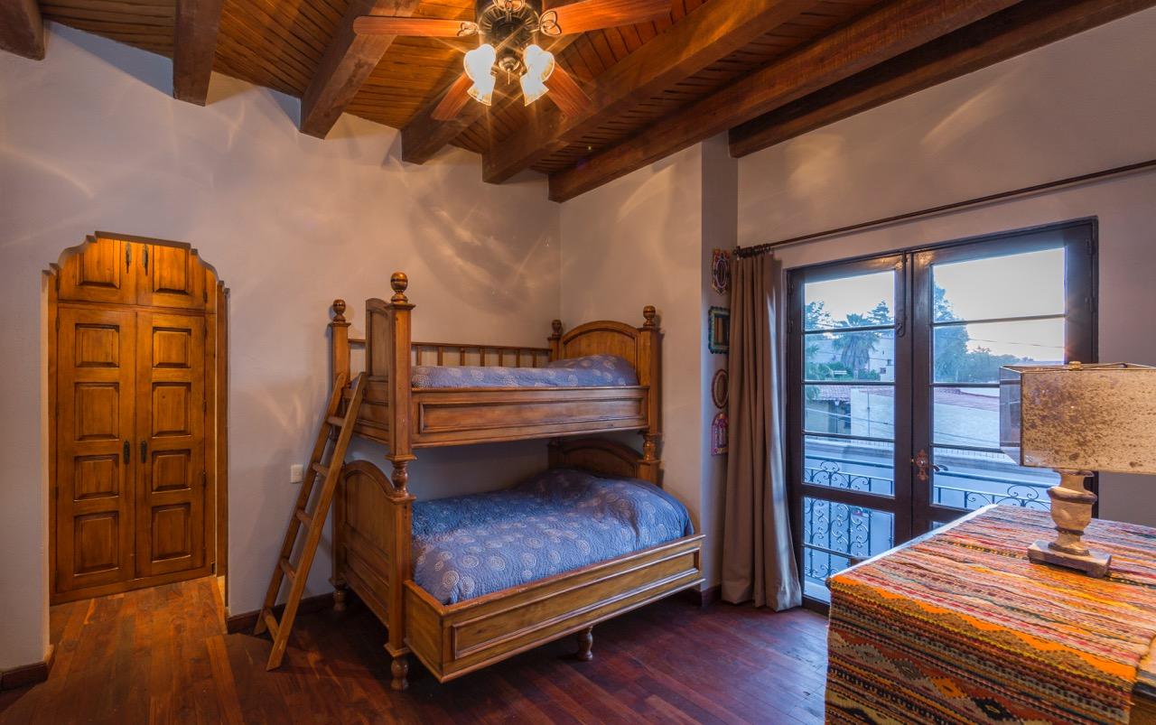 Additional photo for property listing at Casa de la Colina  San Miguel De Allende, Guanajuato 37700 México