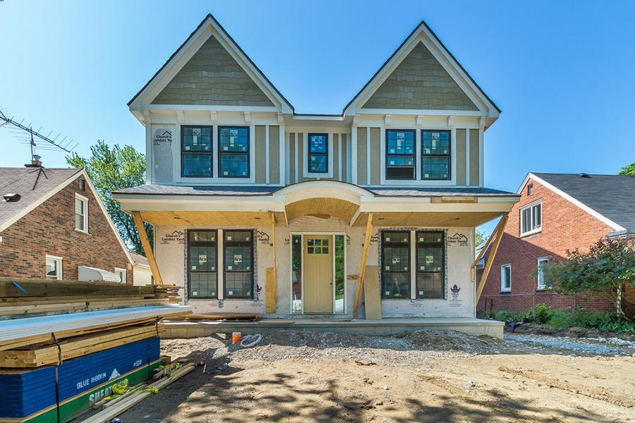 Nhà ở một gia đình vì Bán tại Birmingham 2624 Buckingham Avenue Birmingham, Michigan, 48009 Hoa Kỳ
