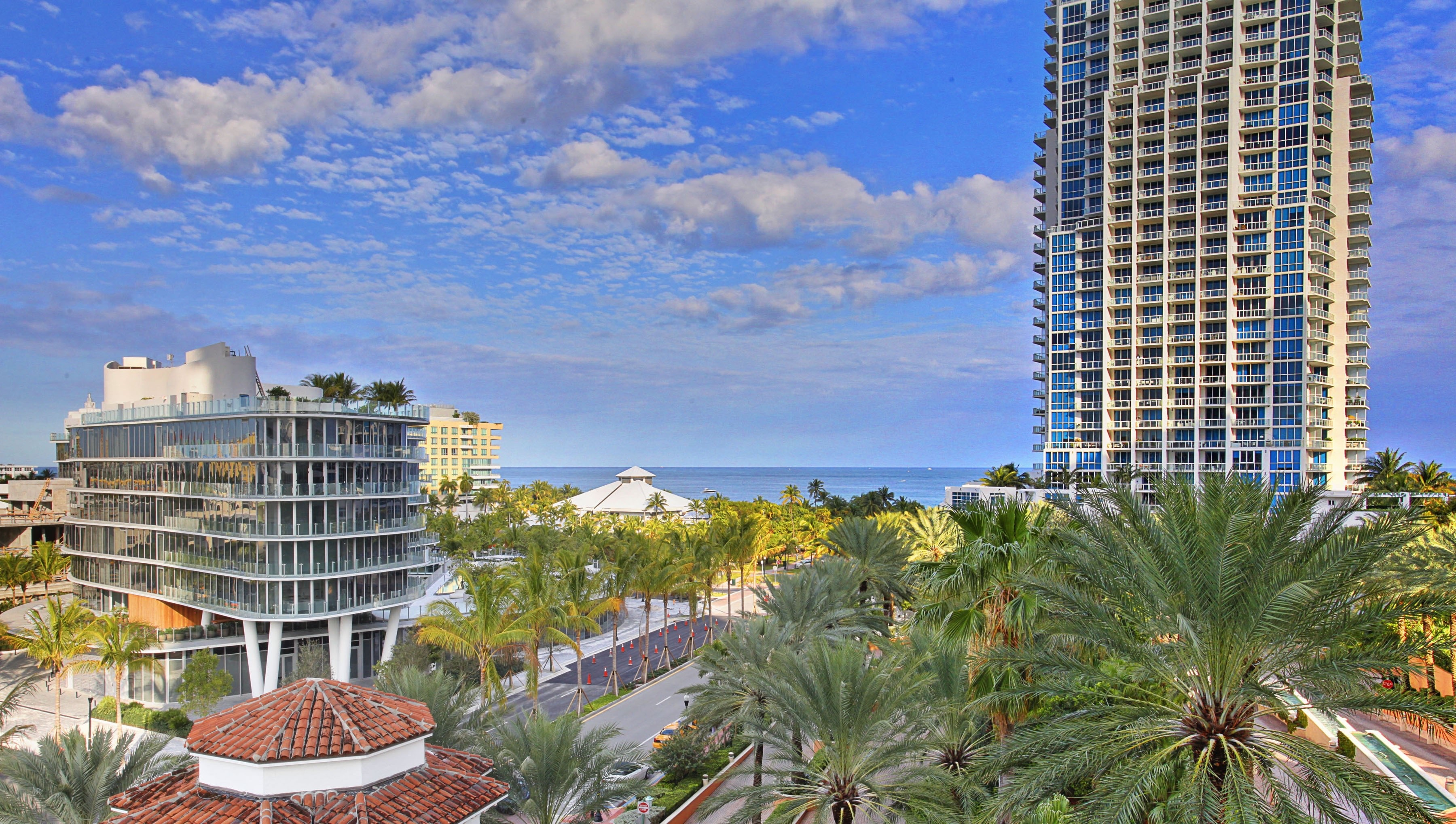 Condominium for Sale at 300 S Pointe Dr 705 300 S Pointe Dr #705 Miami Beach, Florida 33139 United States
