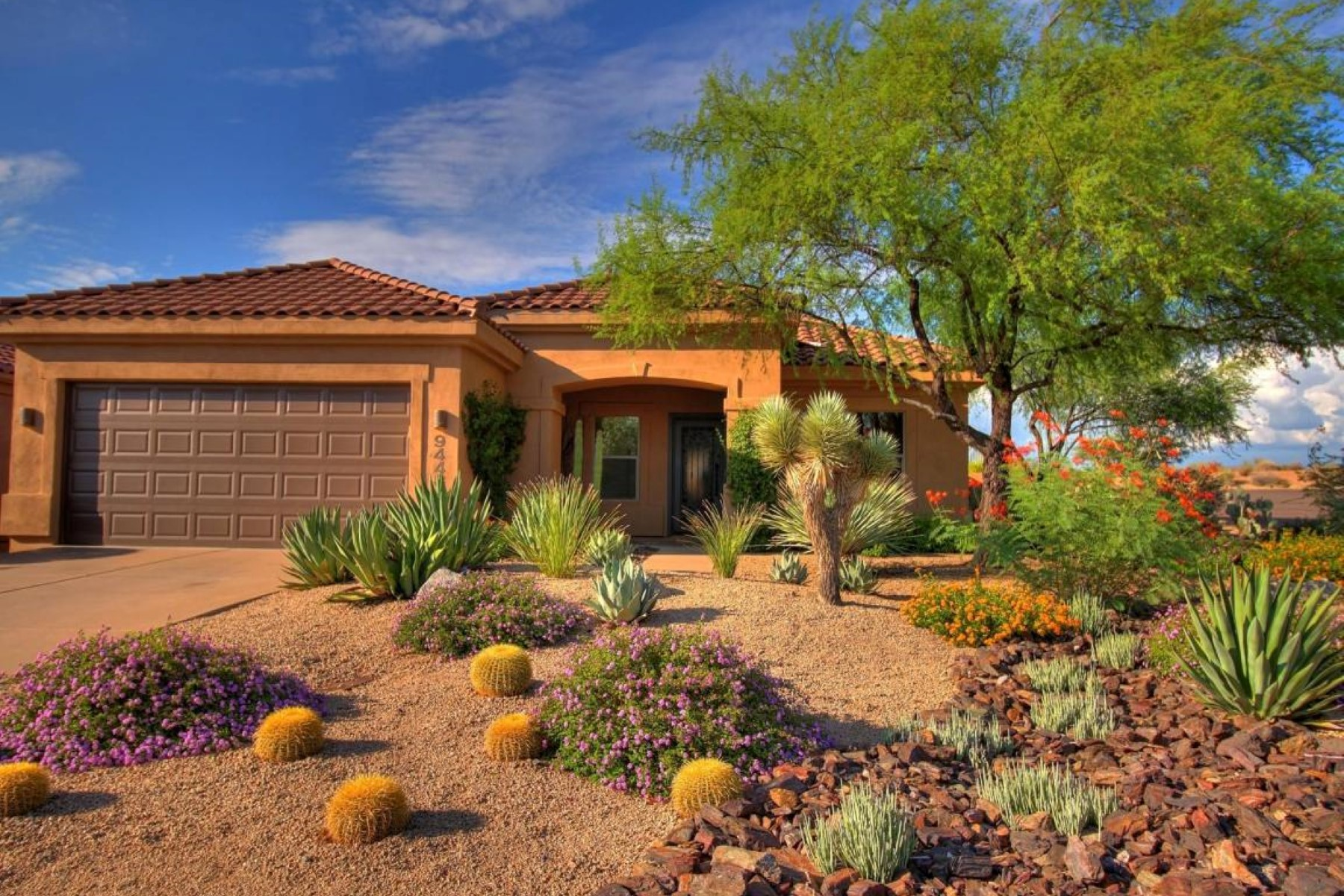 Single Family Home for Sale at Immaculate Ranch Home 9448 E WHITEWING DR Scottsdale, Arizona 85262 United States