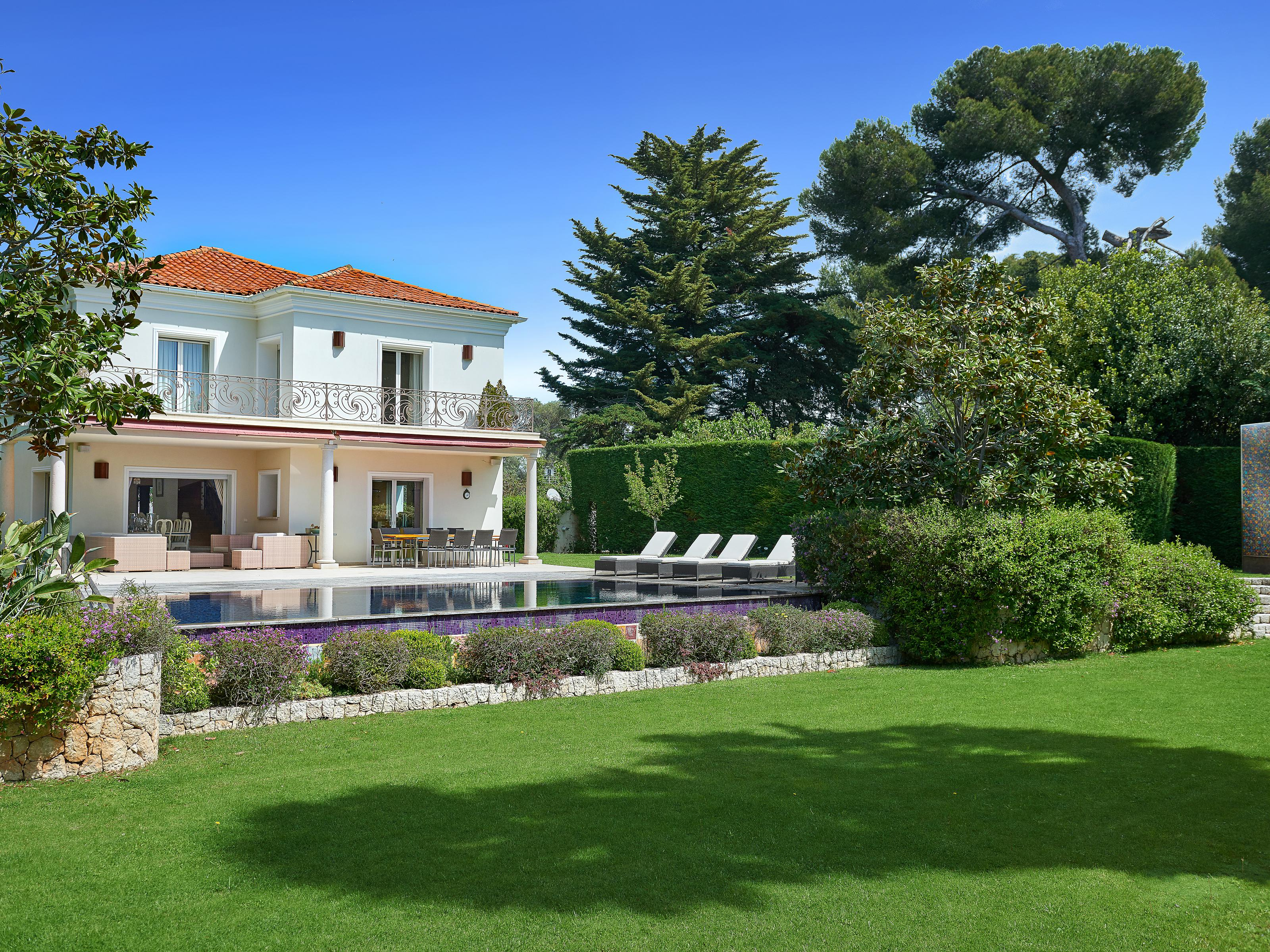 Single Family Home for Sale at Magnificent Mediterranean villa located on the Cap d'Antibes Cap D'Antibes, Provence-Alpes-Cote D'Azur 06160 France