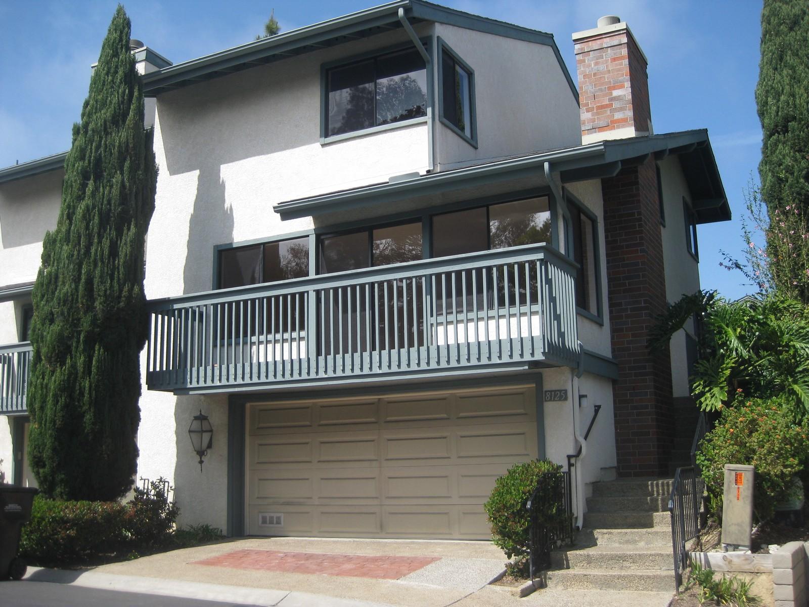 Casa Unifamiliar Adosada por un Venta en 8125 Caminito Mallorca La Jolla, California 92037 Estados Unidos