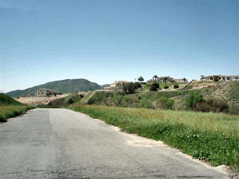 農場 / 牧場 / 種植場 為 出售 在 Ranchette 31440 Jerry Lane Moreno Valley, 加利福尼亞州 92555 美國