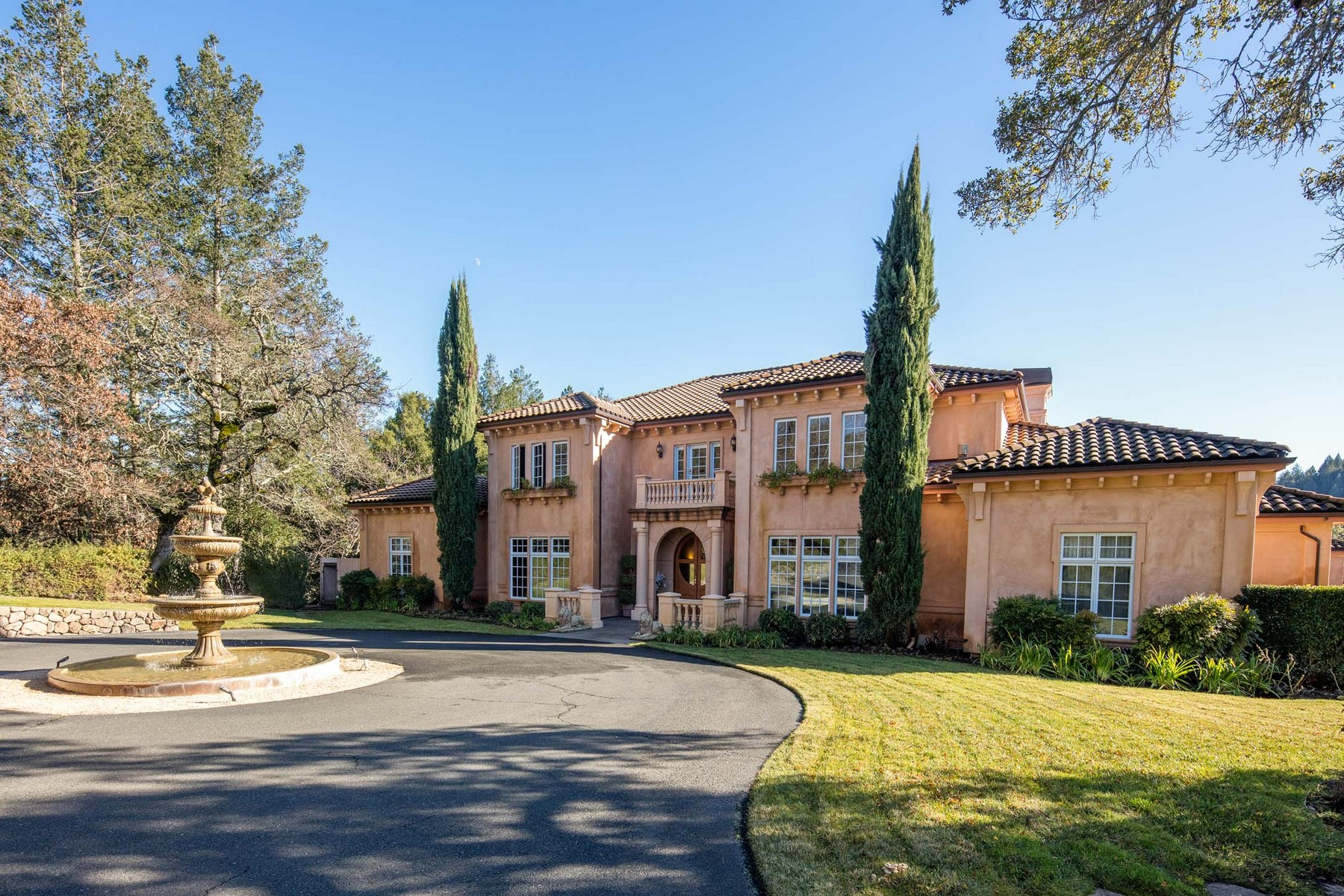 Single Family Home for Sale at Majestic 40 Acre Vineyard Estate 2910 Spring Mountain Road St. Helena, 94574 United States
