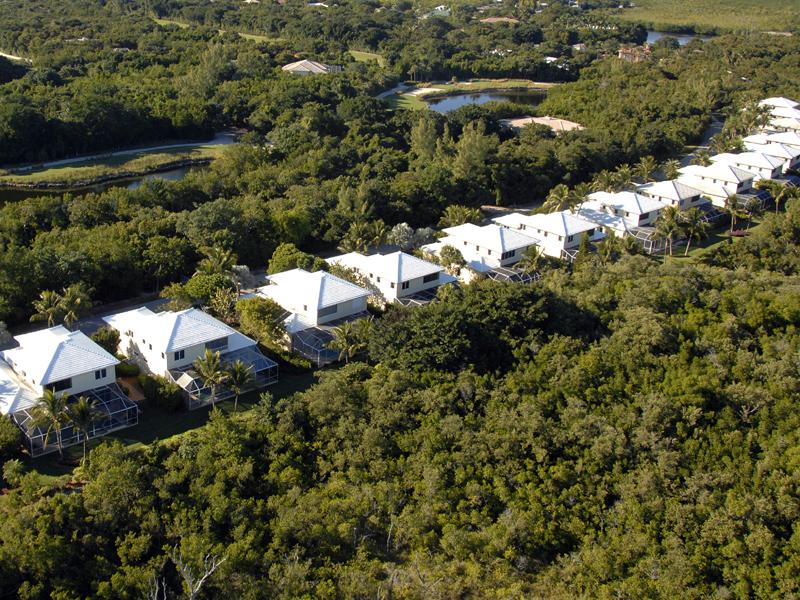 콘도미니엄 용 매매 에 Spacious Condominium at Ocean Reef 460 Coral Lane Key Largo, 플로리다 33037 미국
