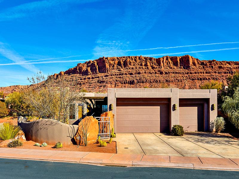 Vivienda unifamiliar por un Venta en Beautiful Home in Entrada St George 2405 W Entrada Trl #77 St. George, Utah 84770 Estados Unidos