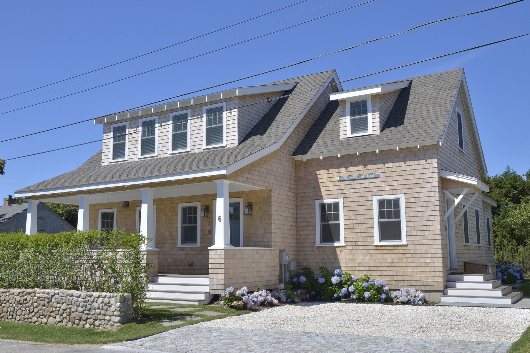 Tek Ailelik Ev için Satış at Impeccable Cliff Home 6 Delaney Road Nantucket, Massachusetts 02554 Amerika Birleşik Devletleri