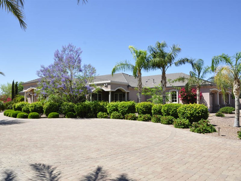 rentals property at Tuscan-Style Custom Home On Over 1.6 Acres Is An Entertainer's Estate
