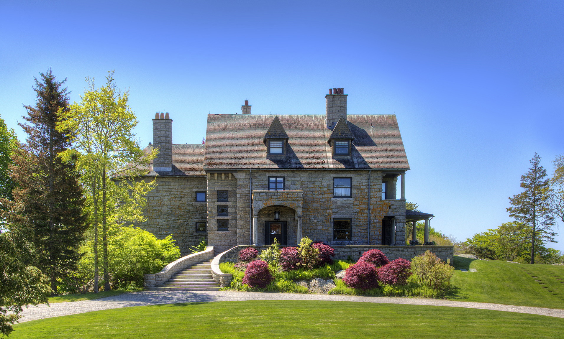 Single Family Home for Sale at Wild Moor Estate 21 Hammersmith Road Newport, Rhode Island, 02840 United States