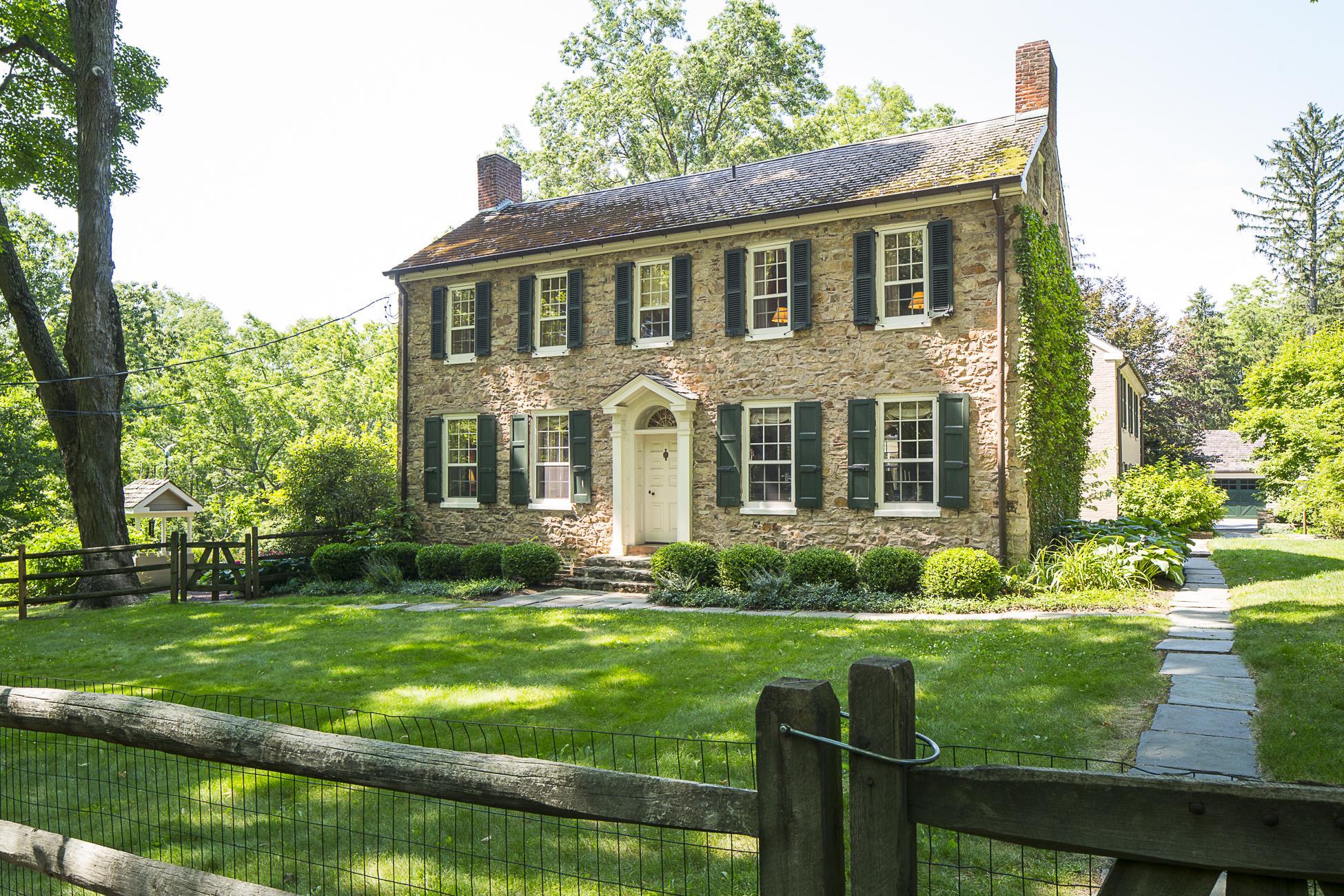 独户住宅 为 销售 在 Circa 1760 Farmhouse is a 21st Century Beauty - Hopewell Township 175 Woosamonsa Road Pennington, 新泽西州 08534 美国