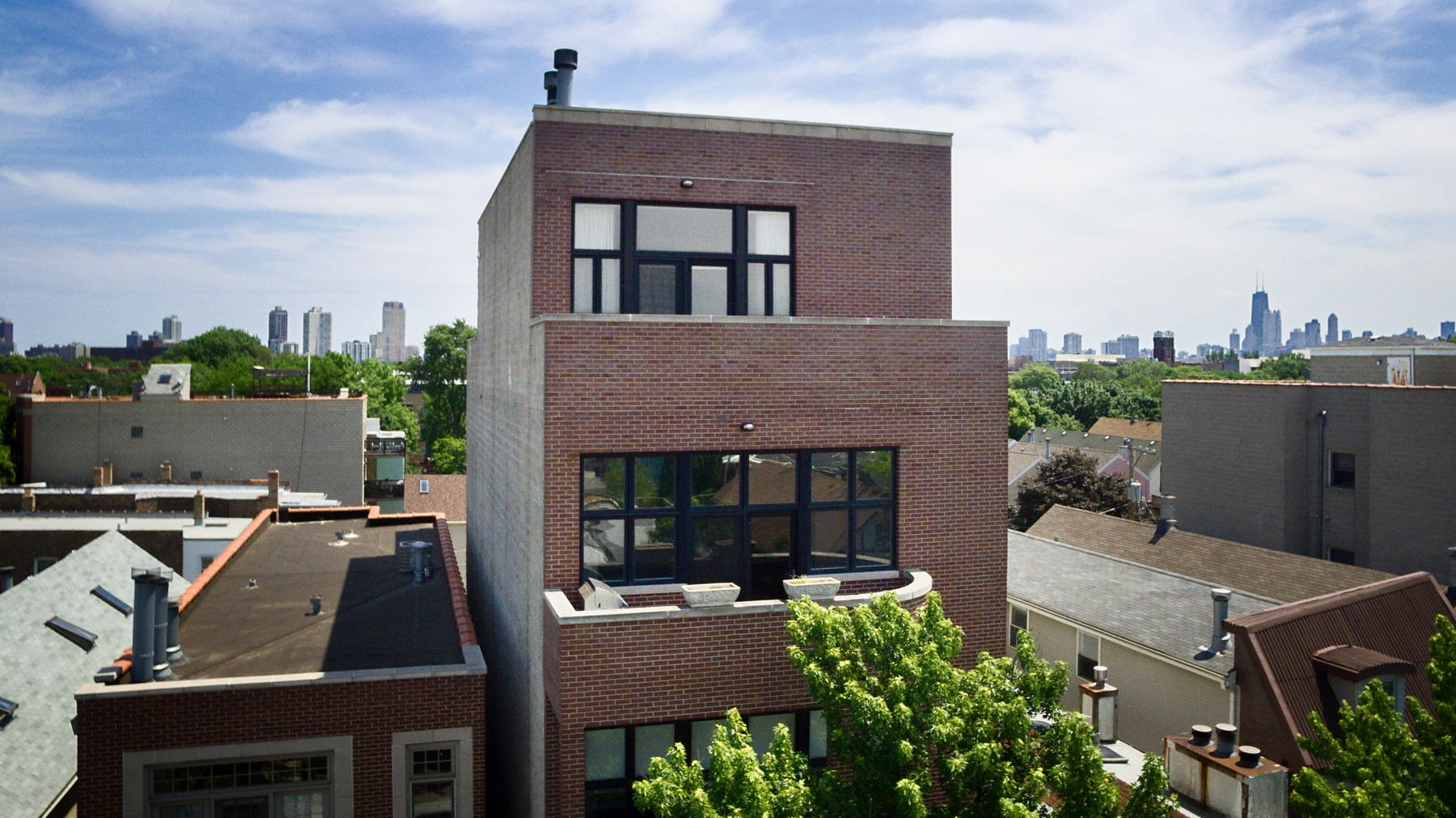 sales property at Unique Duplex Penthouse in Lincoln Park