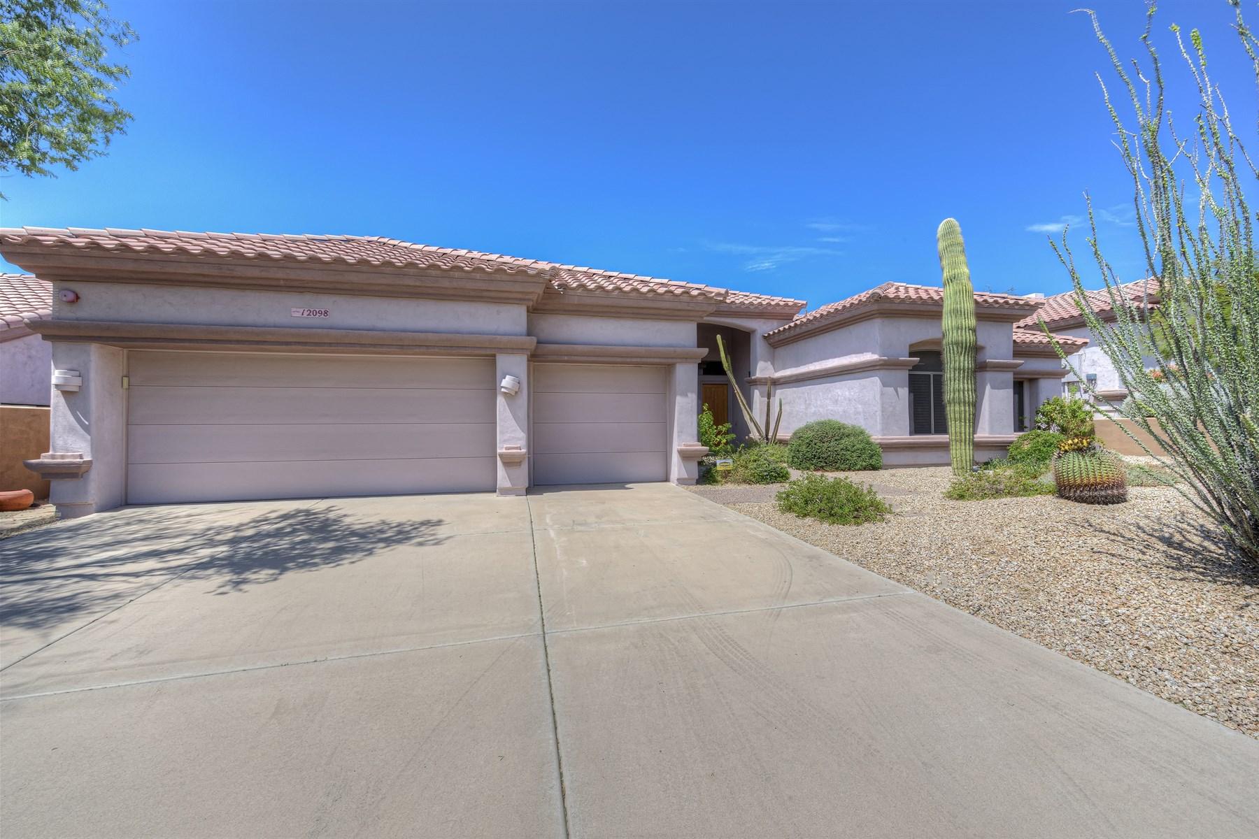 Casa Unifamiliar por un Venta en Golden Heritage built home. 12098 N 137th WAY Scottsdale, Arizona 85259 Estados Unidos