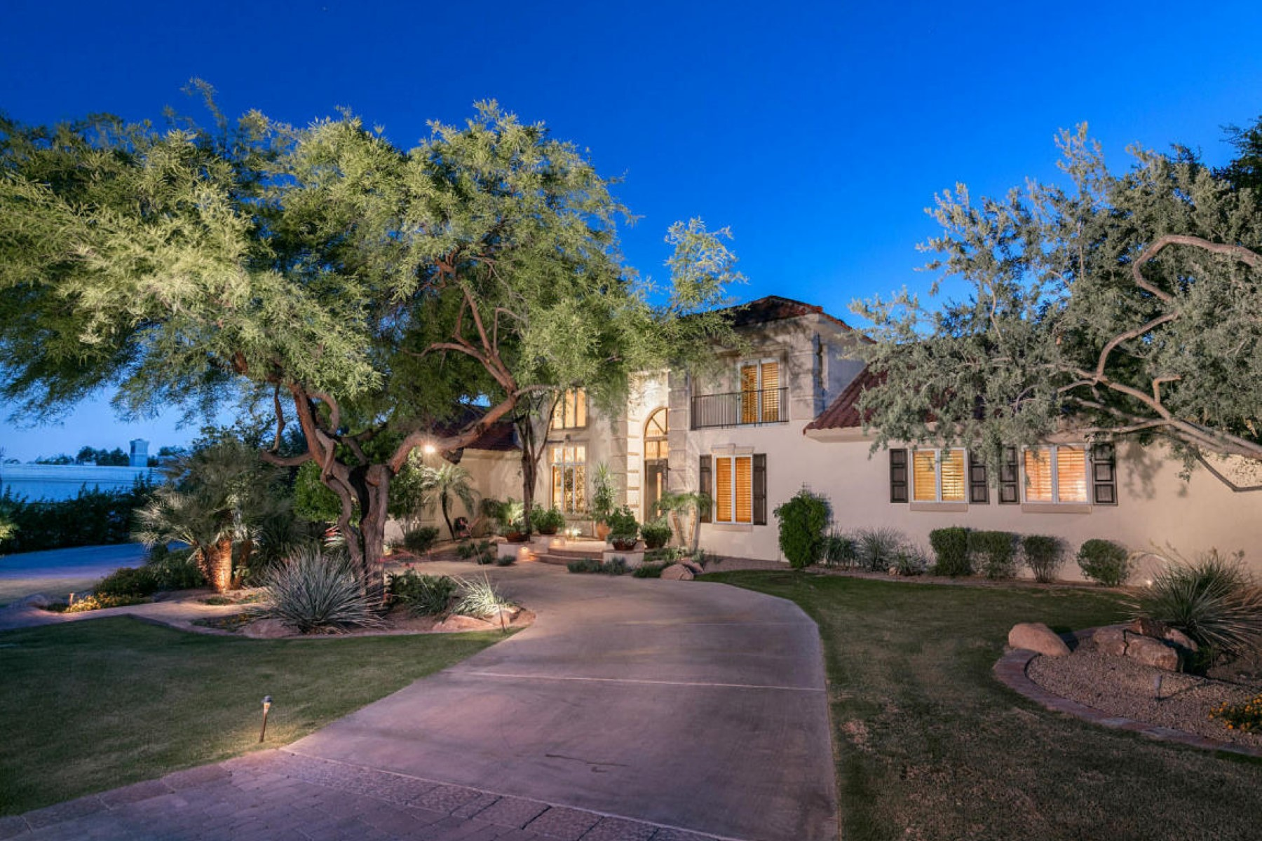 sales property at Wonderful family home nestled in the heart of Paradise Valley