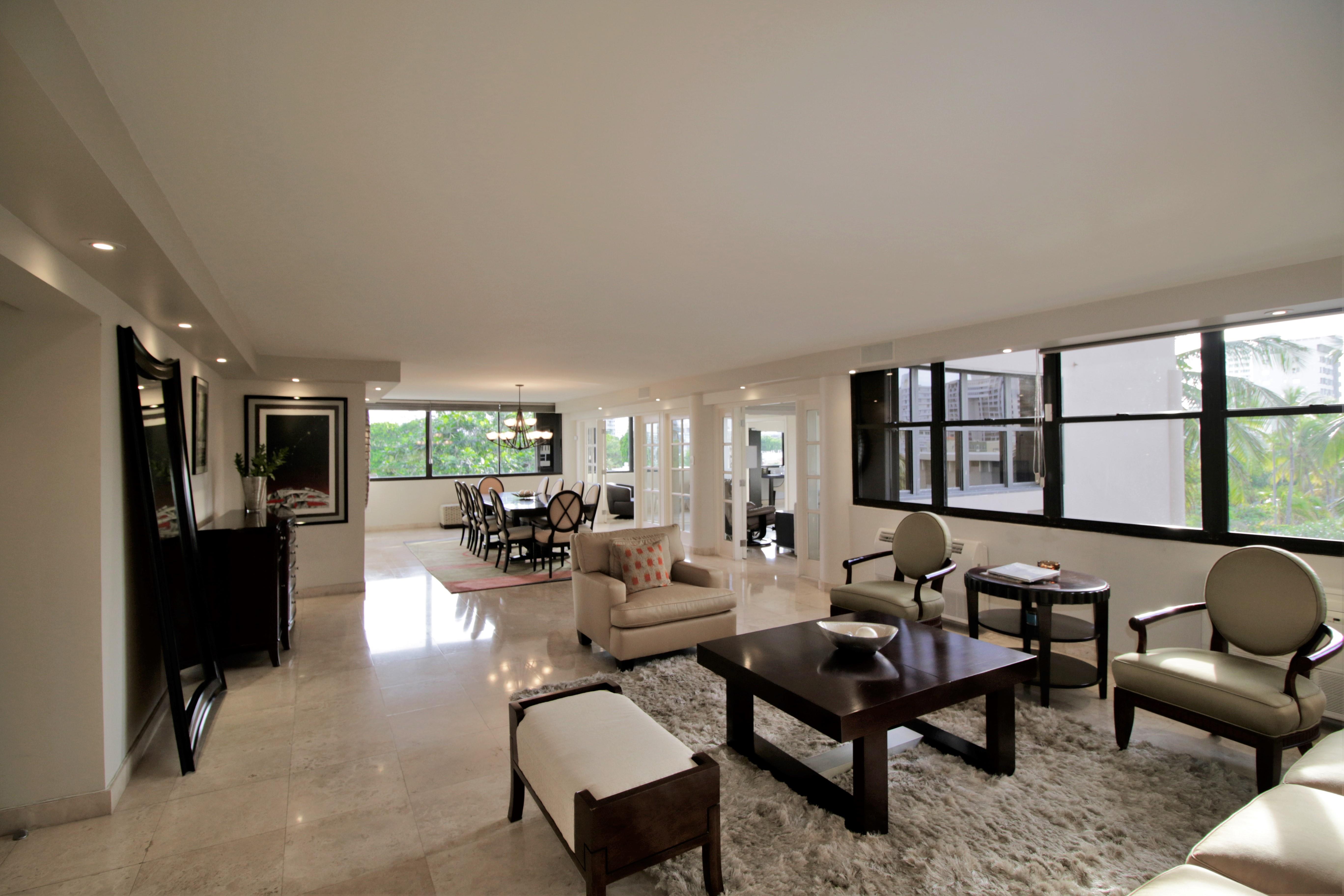 Apartamento por un Alquiler en La Ceiba in CoBe 1483 Avenida Ashford Apt 402 San Juan, Puerto Rico 00907 Puerto Rico