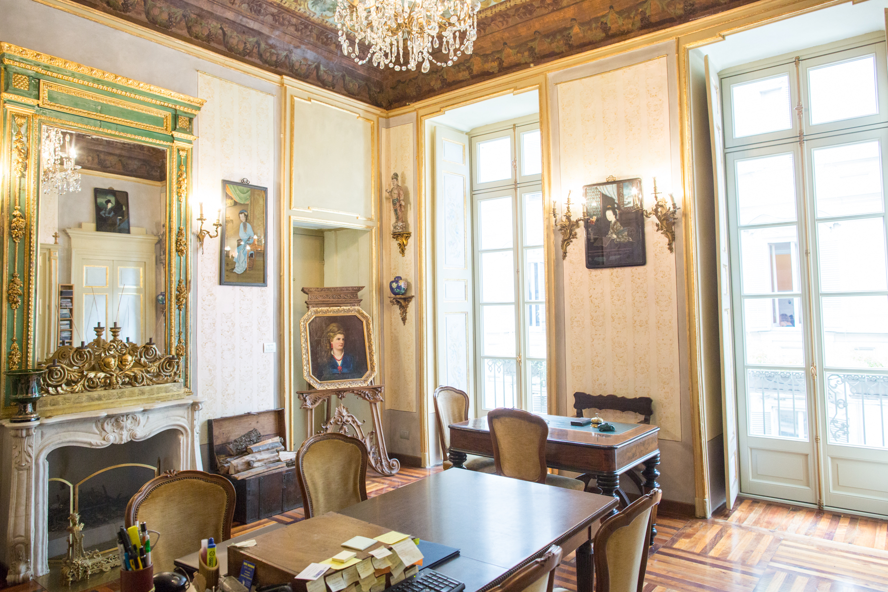 Additional photo for property listing at Elegant and fascinating apartment in the historical center of Turin Via Conte Verde 1 Turin, Turin 10122 Italy