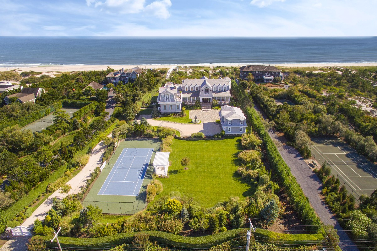 Single Family Home for Sale at Grand Oceanfront Estate 124 Dune Road Quogue, New York, 11959 United States