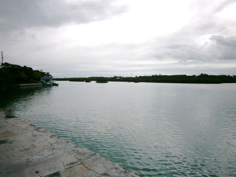 Additional photo for property listing at 28th & Hilton Street Waterfront Home Spanish Wells, Eleuthera Bahamas