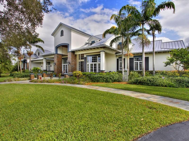 Maison unifamiliale pour l Vente à 5510 SW 70 Ave Davie, Florida 33314 États-Unis