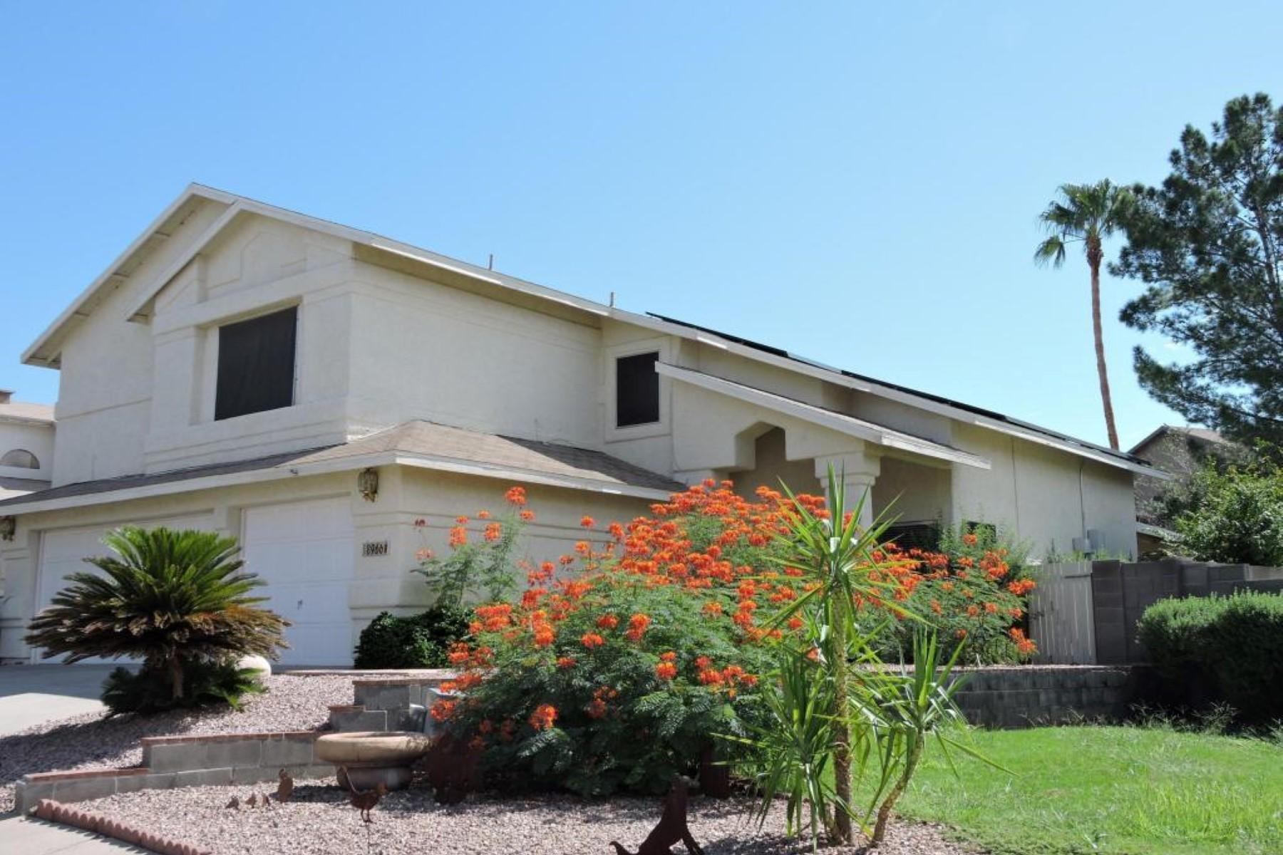Maison unifamiliale pour l Vente à Beautiful four bed/three bath family home 8966 N Obsidian Place Tucson, Arizona 85742 États-Unis