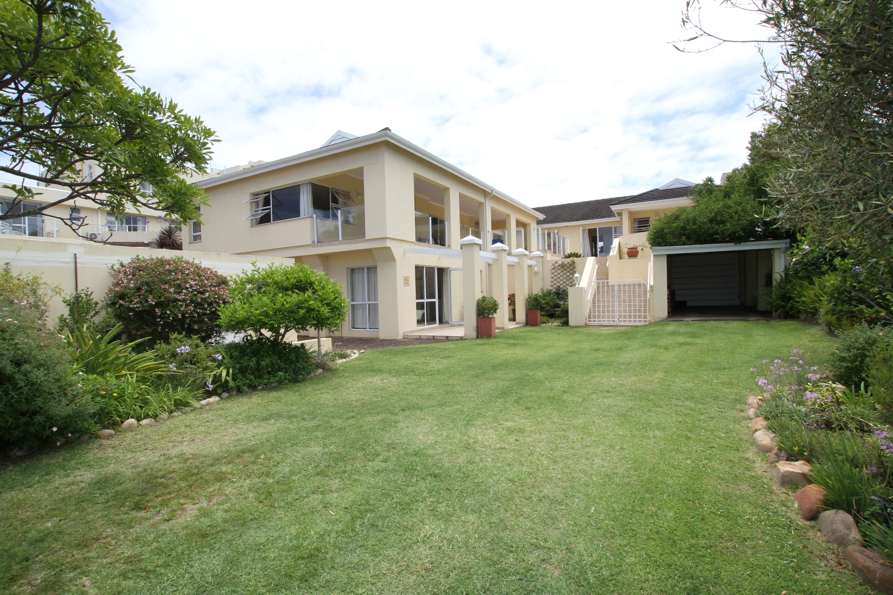 Single Family Home for Sale at Close to the beach and lagoon Plettenberg Bay, Western Cape 6600 South Africa